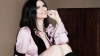"""Laura Pausini infiamma il web con questa foto """"insolita"""""""