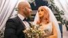 """Bodybuilder sposa la sua bambola gonfiabile: """"Mi eccita più del sesso"""""""