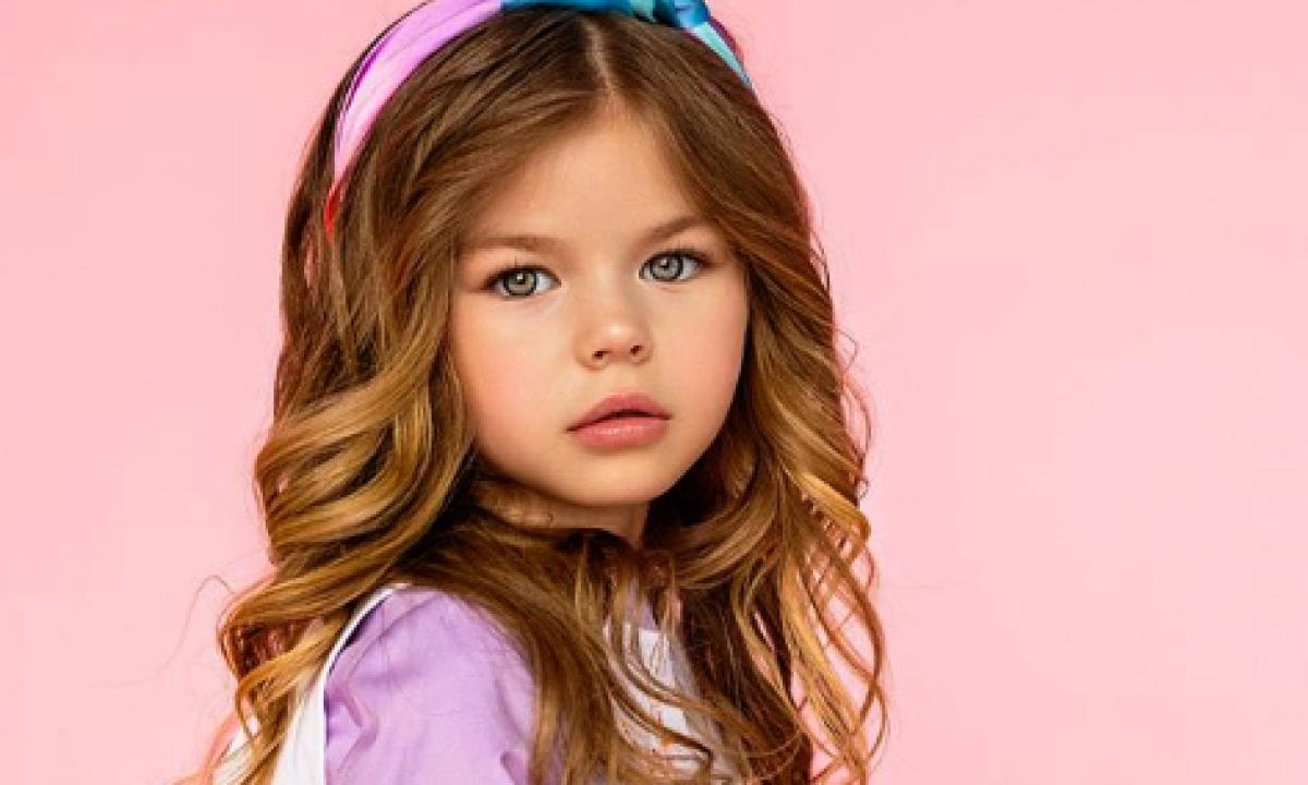 Ecco La Nuova Bambina Piu Bella Del Mondo Ha 6 Anni Ed E Una Baby Modella Radio 105