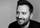 Cesare Cremonini a 105 Friends per presentare Cremonini 2C2C The Best Of