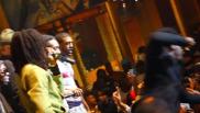 10 cantanti che hanno perso le staffe sul palco