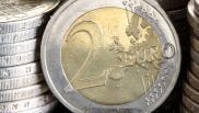 Attenzione alle monete da 2 euro false: come fare per riconoscerle