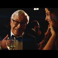 """Max Brigante: """"Fiumi di Champagne, con Gué Pequeno e Peppino di Capri!"""""""