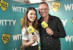 Gigi D'Alessio con Ylenia nel backstage di Amici 17