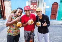 In Thailandia esiste un drink a base di cocco che è meglio del Viagra