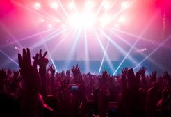 Anche l'Italia torna a ballare in discoteca (ma per ora è un test)
