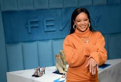 Rihanna sta per lanciare il suo primo profumo Fenty