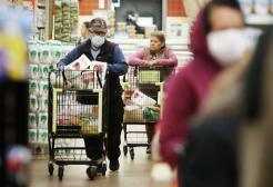 Un anziano tenta un goffo furto e il supermercato chiama le forze dell'ordine
