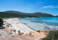 La Sardegna è bianca: per altre Regioni invece aumentano le restrizioni