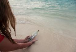 Un messaggio dal 1984 approda alle Hawaii in una bottiglia di vetro