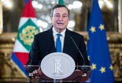 """La conferenza di Draghi sul Green Pass: """"L'invito a non vaccinarsi è un invito a morire"""""""