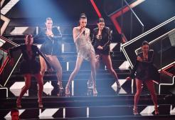 Elodie porta i mashup sul palco di Sanremo 2021 e fa impazzire tutti
