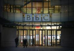 Valanga di reclami alla BBC: troppa copertura mediatica sulla morte del Principe Filippo