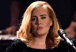 Adele, morto di cancro il padre Mark Evans