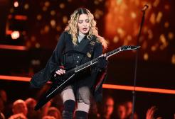 Madonna fuma nel nuovo video di Snoop Dogg