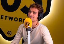 """Oscar Anton a 105 Mi Casa: """"Sto decidendo in quale città tornare a suonare"""""""