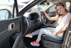 """Valeria Oliveri è la voce della #KiaSummerExperience. La serie podcast """"on the road"""" che parla di sostenibilità, green, tech e di un nuovo modo di viaggiare!"""