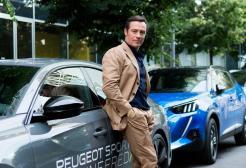 Il mondo sta cambiando... è partita la Peugeot Electric Experience