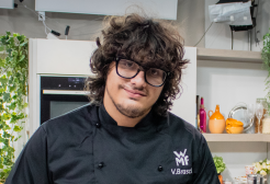 Valerio Braschi, inventore delle lasagne in tubetto, racconta l'idea a 105 Take Away