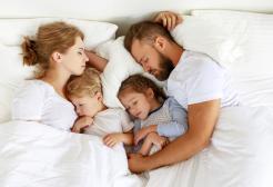 Ci vogliono 6 anni per tornare a dormire bene dopo la nascita di un figlio
