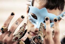 La nail art è il nuovo trend maschile, anche delle star