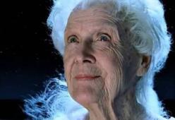 Titanic: Rose vive o muore alla fine del film? Il dibattito dilaga su TikTok
