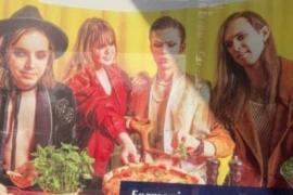 Maneskin, in Lettonia c'è una pubblicità con i loro sosia