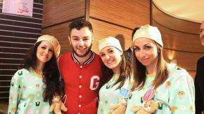 Lorenzo Fragola al McDonald's di Piazza Stesicoro a Catania