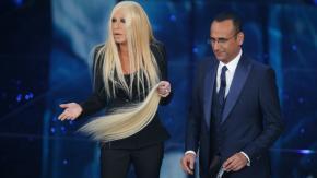 """Sanremo 2016, Virginia Raffaele è Donatella Versace """"che perde i pezzi"""""""