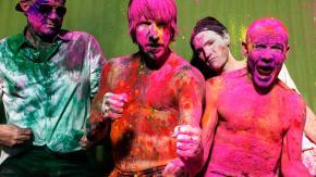 """RED HOT CHILI PEPPERS: """"The Getaway"""", la rinascita della super band californiana."""