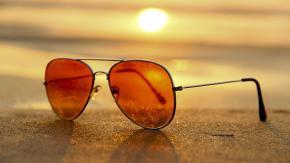 Chi ha inventato gli occhiali da sole?