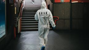 Le prime foto dell'unità di ricerca speciale alla ricerca del G-Rex impegnata in queste ore a Milano.
