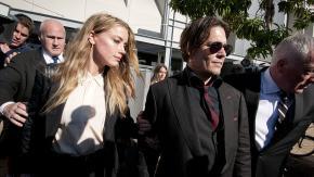 Johnny Depp accusa la ex: Amber Heard ha defecato nel nostro letto