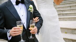 Sposo scappa con i regali di nozze: rissa al matrimonio