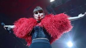 Alessandra Amoroso festeggia 10 anni di carriera in tour