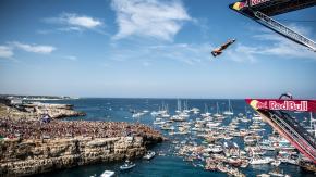 Red Bull Cliff Diving World Series: il 2 giugno a Polignano Mare facciamo il tifo per Alessandro De Rose!