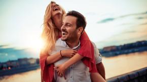 L'uomo ideale è quello che sa far ridere la propria donna, ecco perché