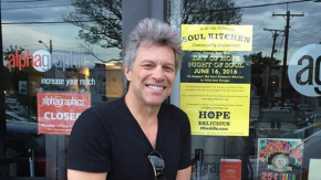 Nei ristoranti del progetto di Bon Jovi chi non può pagare mangia gratis