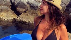 Cristina D'Avena sconvolge i fan con questa foto in costume