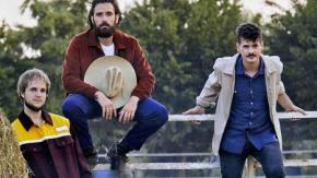 """Tommaso Paradiso: """"I Thegiornalisti non esistono più"""" e il chitarrista replica così"""