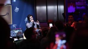 Doppio (magico) showcase di Elisa all'Amazon Loft for Xmas a Milano. Il video.