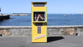 """A Livorno spunta una """"Baracchina gialla"""" con il volto di Bud Spencer"""