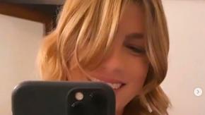 Emma Marrone torna bionda e ci scherza su