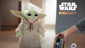 Arriva il Baby Yoda alto 27 cm che ti seguirà per tutta casa