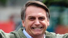 Bolsonaro accusato di fare disinformazione sul Covid-19: i social rimuovono i suoi video
