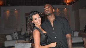 Kanye West regala a Kim Kardashian un ologramma del padre scomparso per il suo compleanno