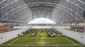Esami di maturità in un campo da calcio: l'esperienza degli studenti norvegesi
