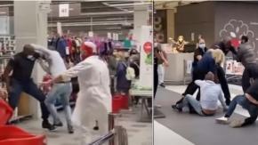 Clienti al centro commerciale senza mascherina: scoppia una mega rissa