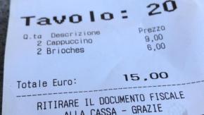 """Scontrino shock a Firenze: """"15 euro per due cappuccini e due brioches"""""""