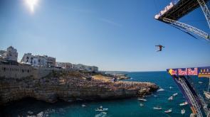 La Red Bull Cliff Diving World Series torna in Italia: tutto pronto a Polignano per il gran finale di stagione